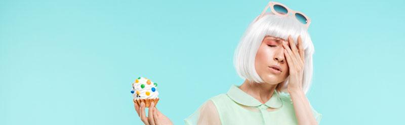 woman resisting a bad eating habit
